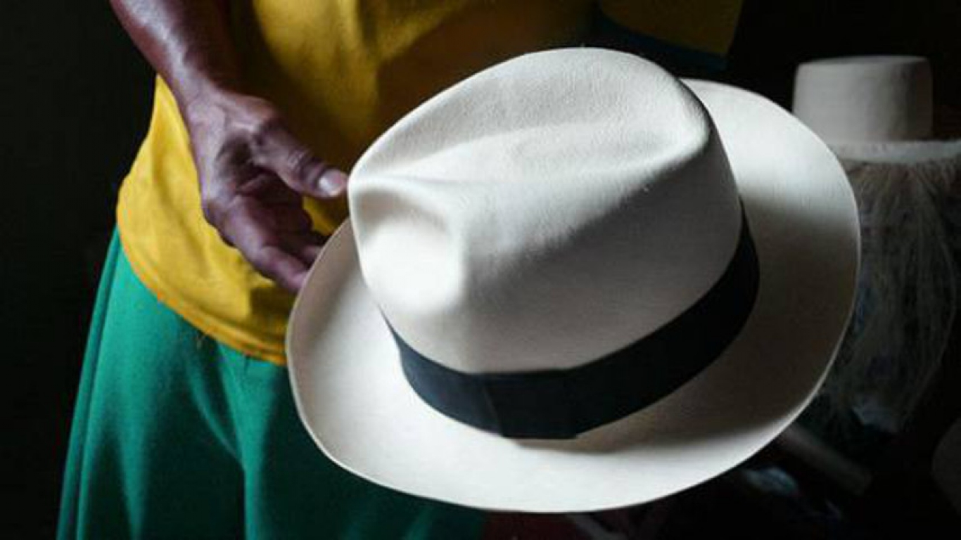 79cc89af0e0d9 The finest and most expensive in the world hats are made in Ecuador ...
